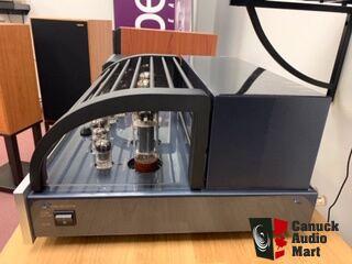 Primaluna Dialogue Premium Integrated Amp (Demo Unit) with