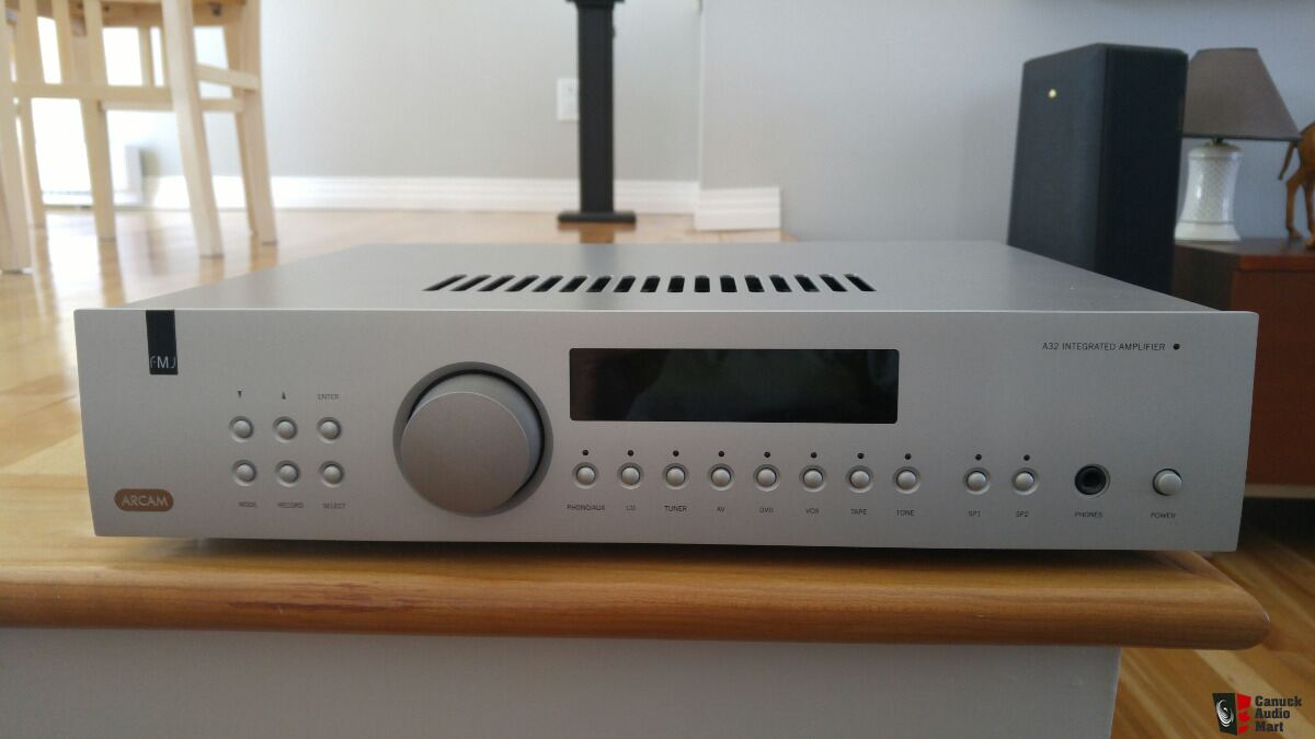 Arcam FMJ A32 (silver) Photo #2236459 - Canuck Audio Mart