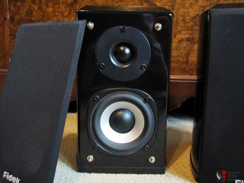 Fidek FHS-411 EXI Speakers