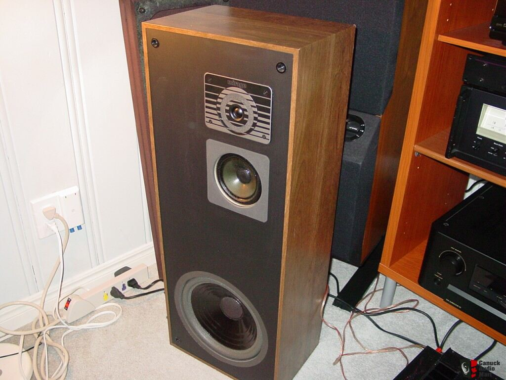 mirage 750 high end speakers photo 233539 canuck audio mart. Black Bedroom Furniture Sets. Home Design Ideas