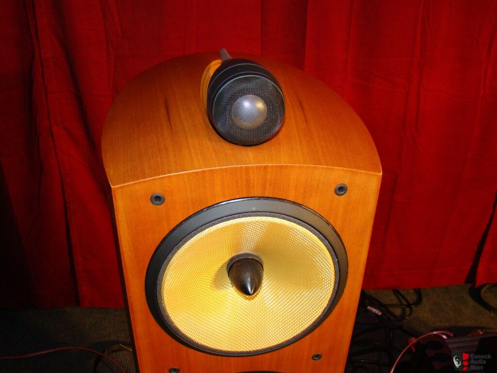 Pristine Bowers & Wilkins B&W Nautilus 804 Speakers in Cherrywood