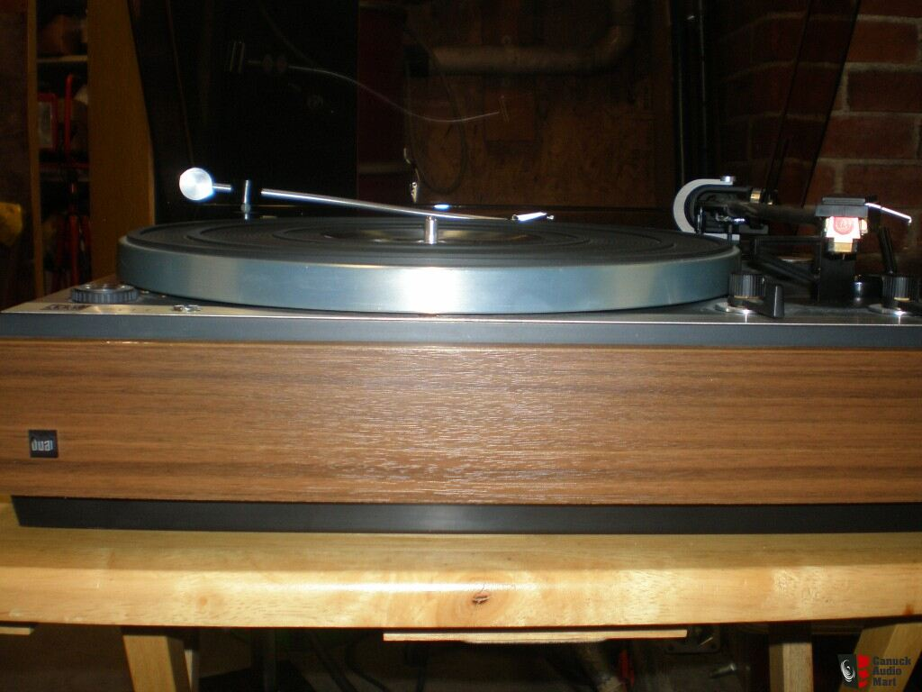 Dual 701 Turntable for Sale http://www.canuckaudiomart.com/details/196077-dual_cs701_turntable/images/264380/