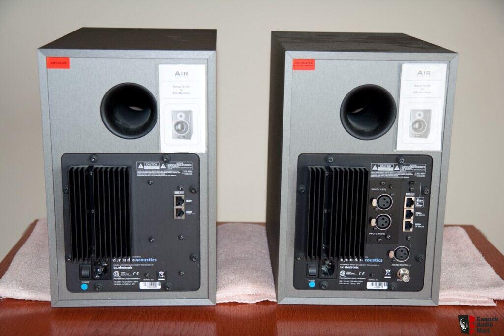 dynaudio air 6 active studio monitors photo 273913 canuck audio mart. Black Bedroom Furniture Sets. Home Design Ideas