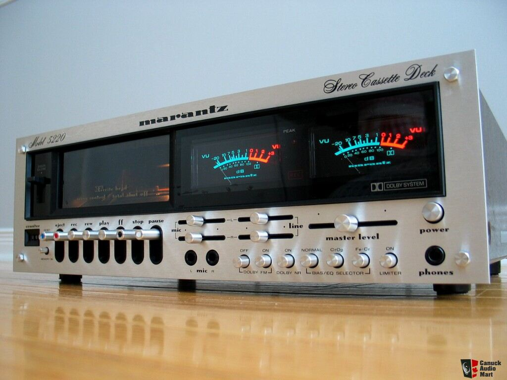marantz 5220 cassette deck in pristine condition     sold
