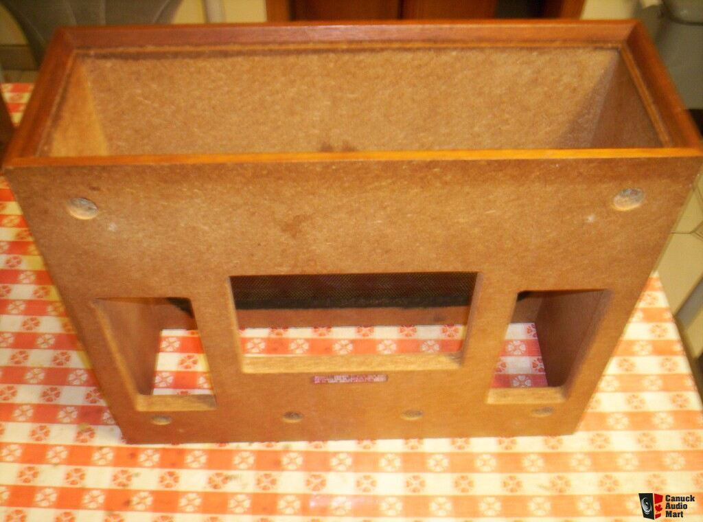 original vintage marantz receiver wc 22 wood cabinet case photo 427295 canuck audio mart. Black Bedroom Furniture Sets. Home Design Ideas