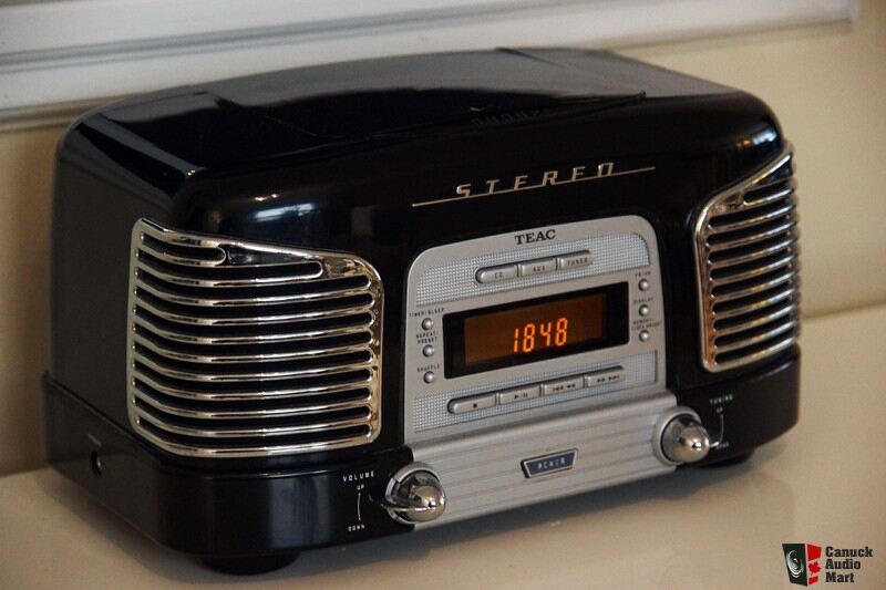 429529 on teac retro radio cd player