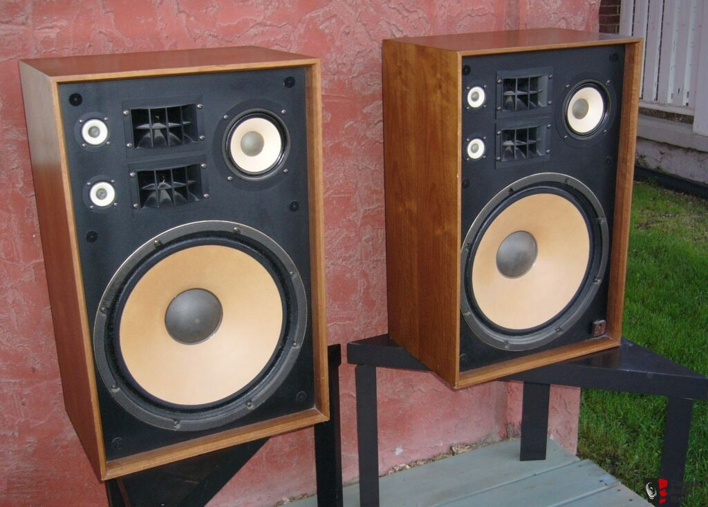 Vintage Akai Sw 176 Speakers Wood Grills 15 Quot Woofer