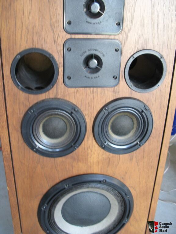 Vintage Pair of Koss CM 1030 Speakers in fine condition