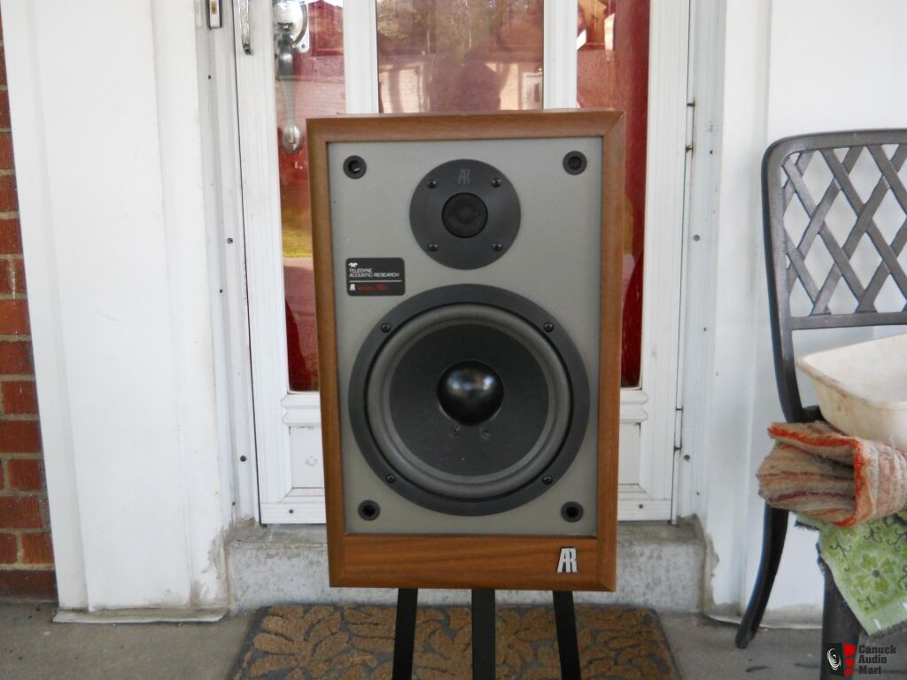 ACOUSTIC RESEARCH AR 18B BOOKSHELF SPEAKERS ON 20