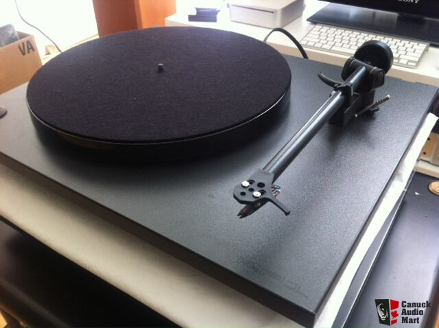 Rega rp1 turntable table tournante like new comme for Table tournante