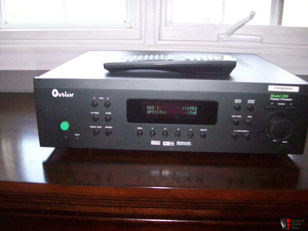 Outlaw Audio Audiophile Pre-Amp/AV Processor Model 950
