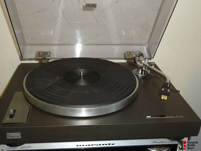 SANSUI SR-222 turntable. Great quality model  Belt drive 33,45