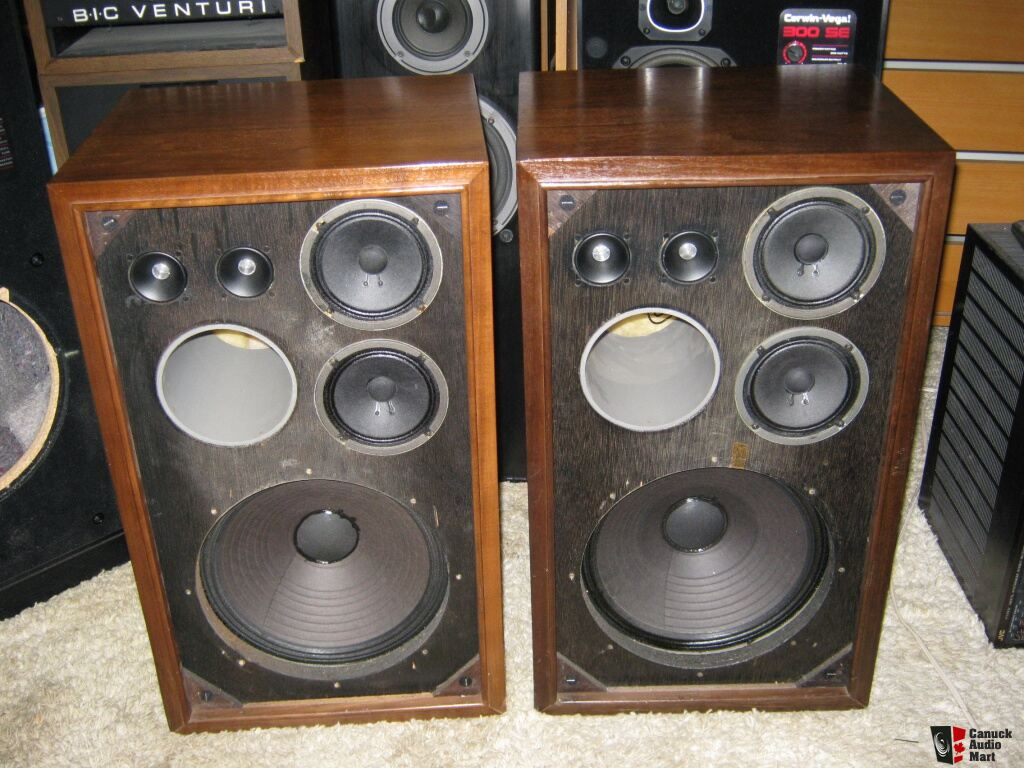 Vintage sansui sp 200 speakers 3 way with 12 inch woofers for 12 inch floor speakers