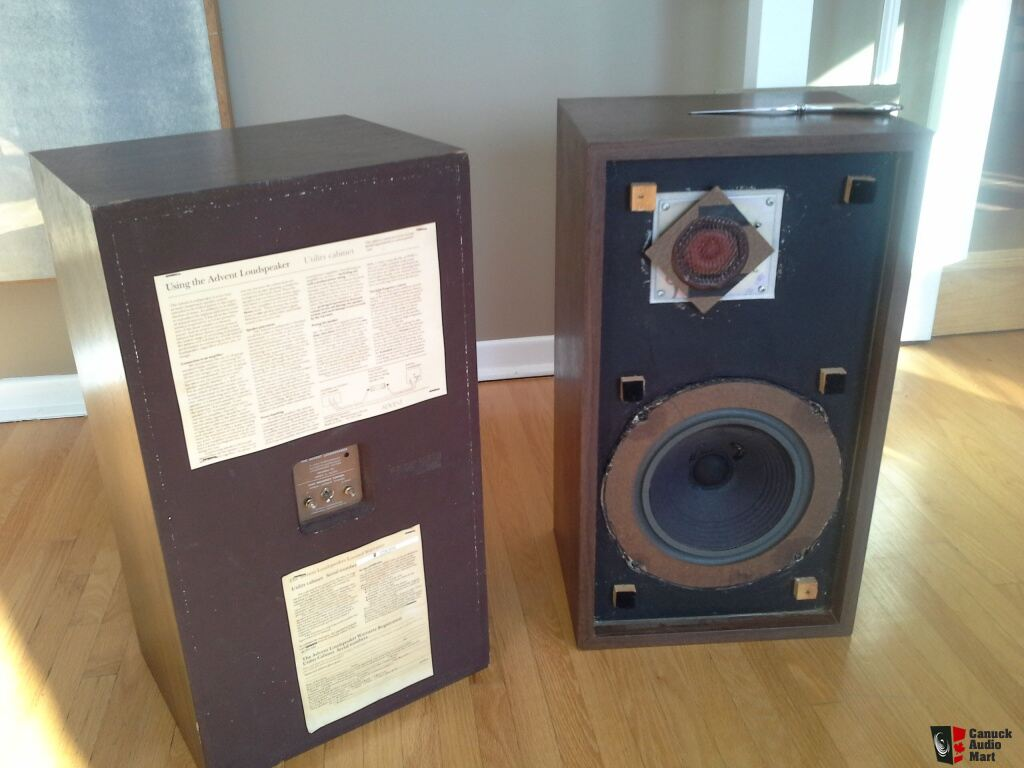 Pair of Large Advent utility speakers Photo #695012 - Canuck