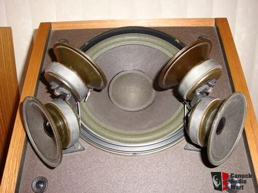 Vintage Bose 601-III Speakers