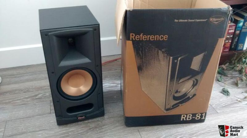 klipsch rb81 excellent condition klipsch rb81 iv bookshelf. Black Bedroom Furniture Sets. Home Design Ideas