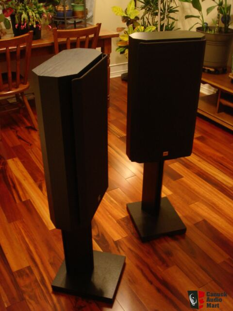 HIGH END JBL Performance PT800 Monitors ...EXCELLENT !!!