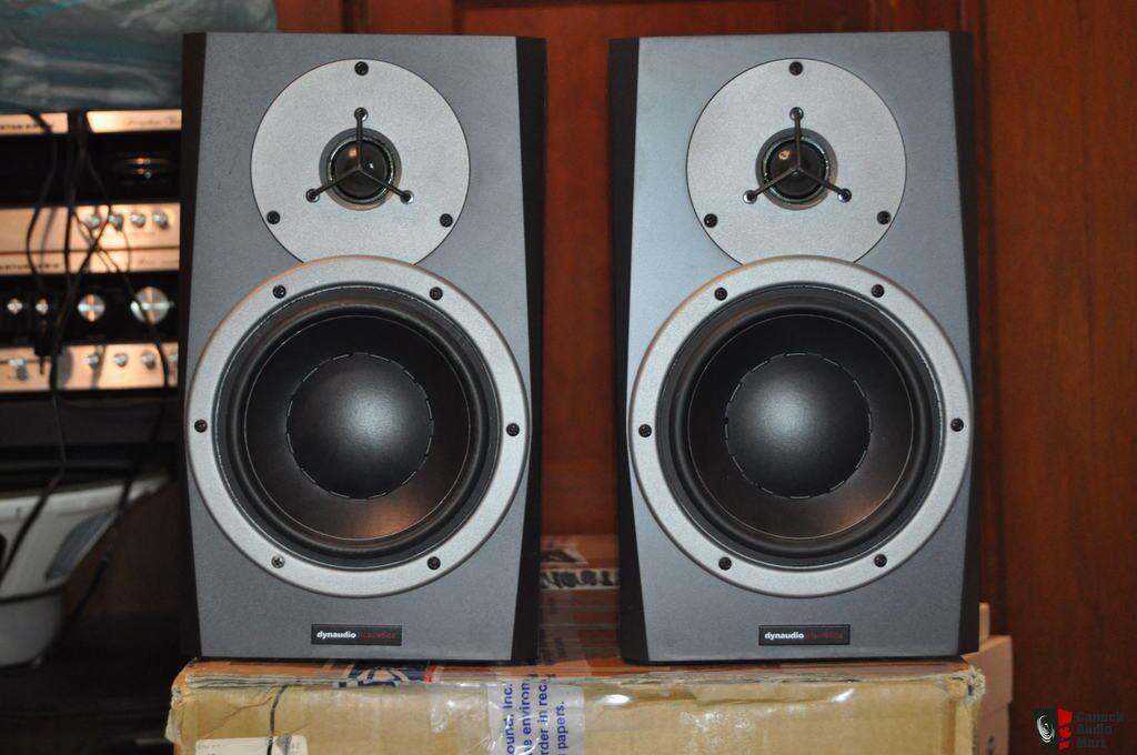 dynaudio bm5p passive studio monitors photo 958852 canuck audio mart. Black Bedroom Furniture Sets. Home Design Ideas